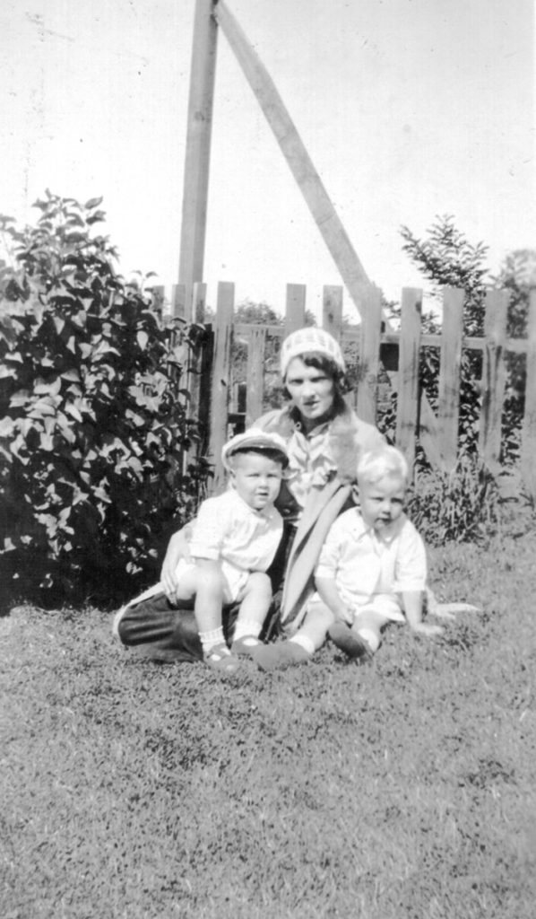 Bob and Don Carr with their mother Mayme
